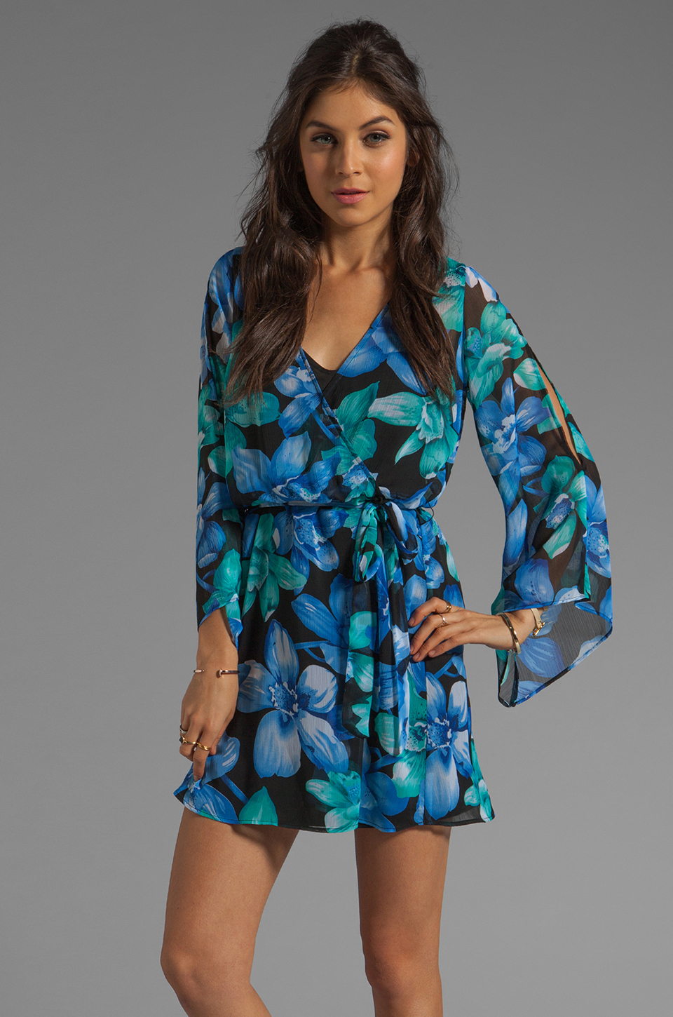 Dolce Vita Rexxy Hawaiian Floral Bell Sleeve Dress in Blue/Green