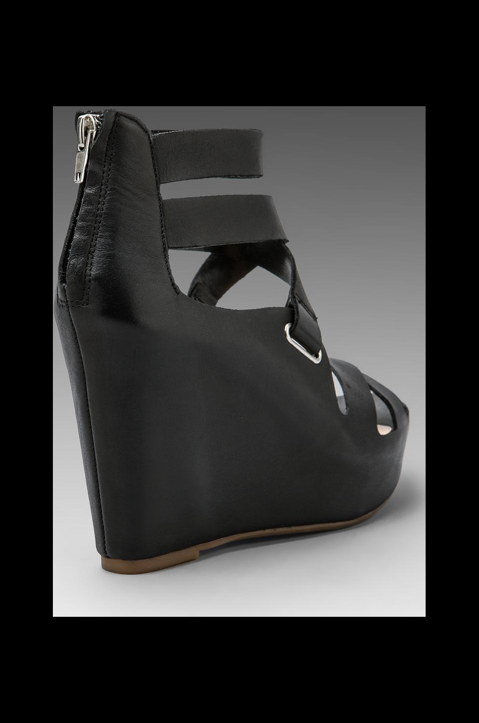 Dolce Vita Jury Wedge in Black