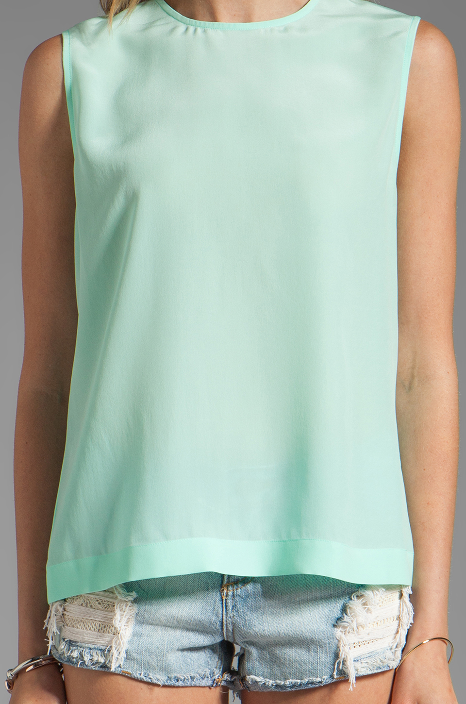 Equipment Reagan Sleeveless Blouse in Ice Green