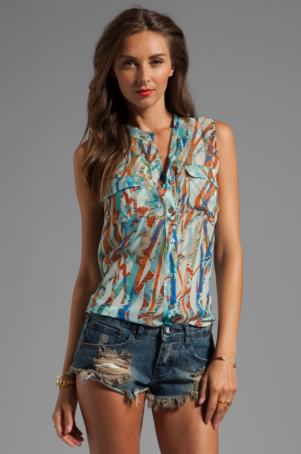 Gypsy 05 Cannes Seismograph GGT Sleeveless GGT Button Down Top in Seagreen