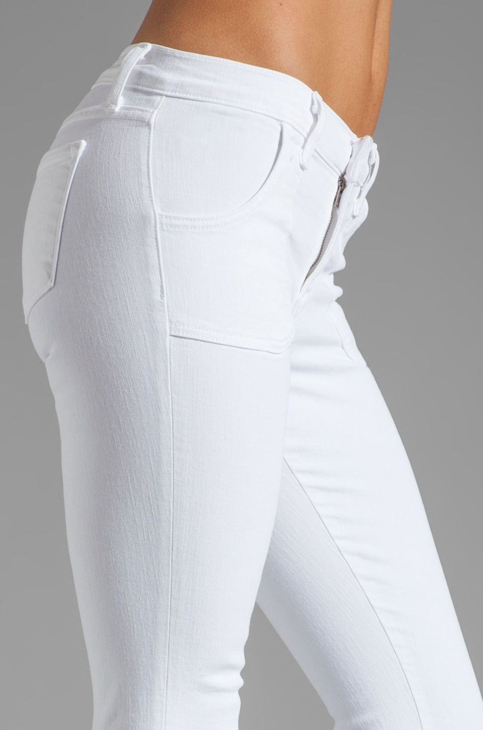 J Brand Retro Zip Skinny in Blanc