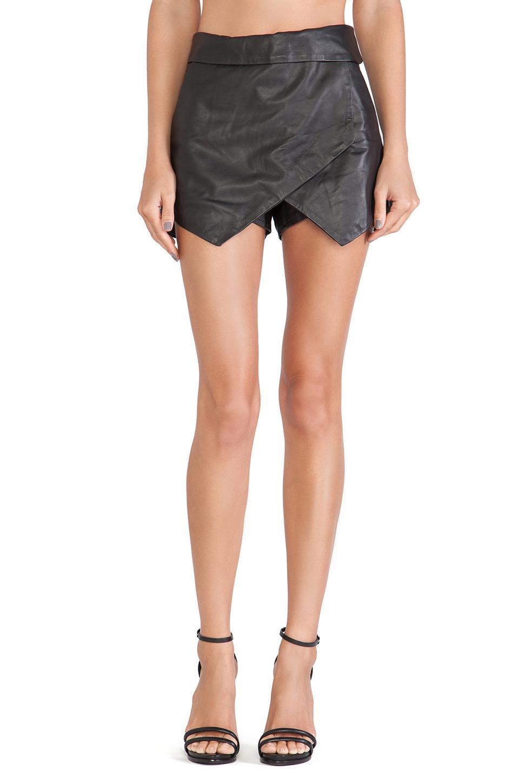kate leather envelope skirt in black revolve