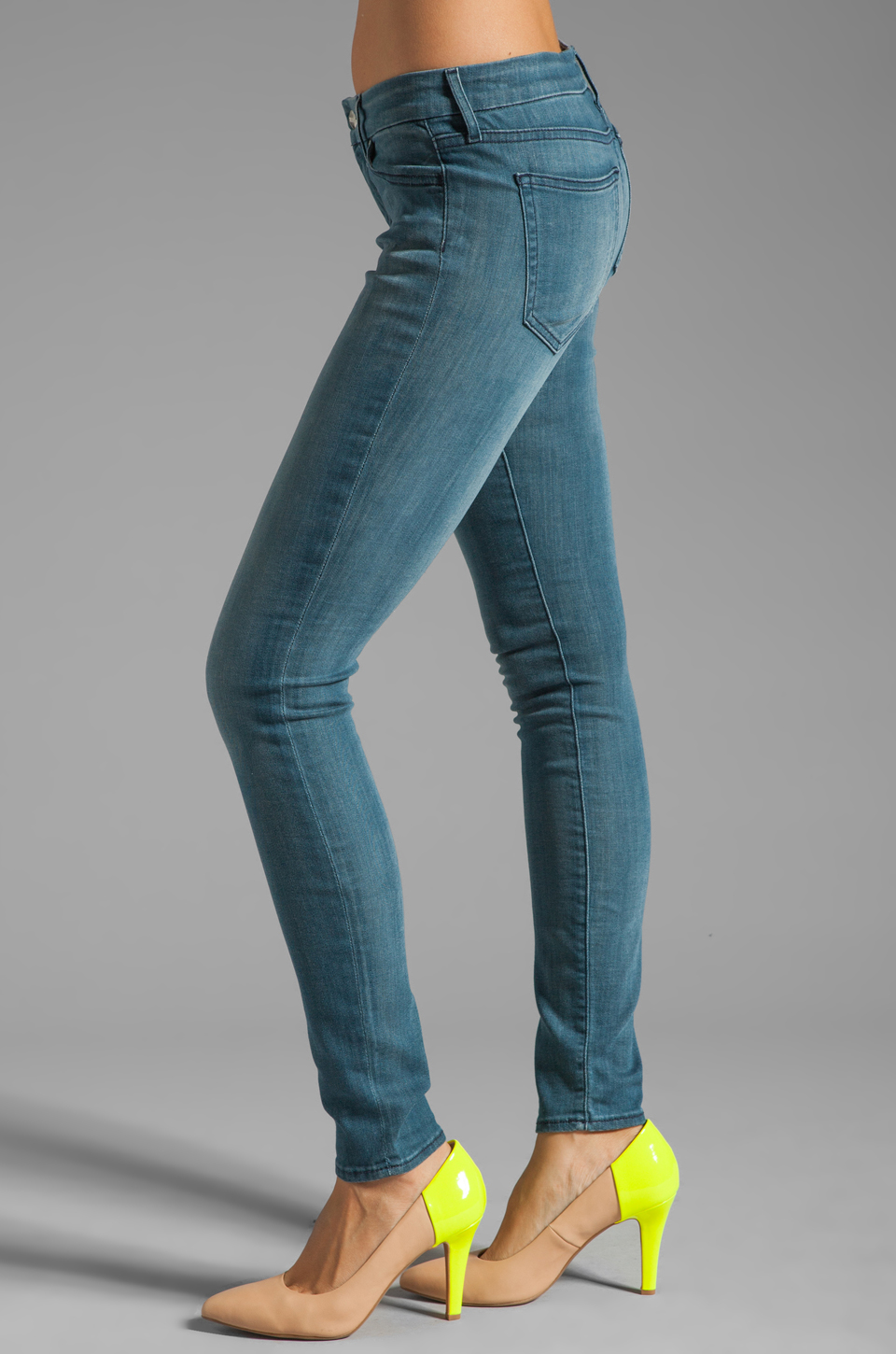 Koral Italian Breeze Skinny in 36 Month Wash