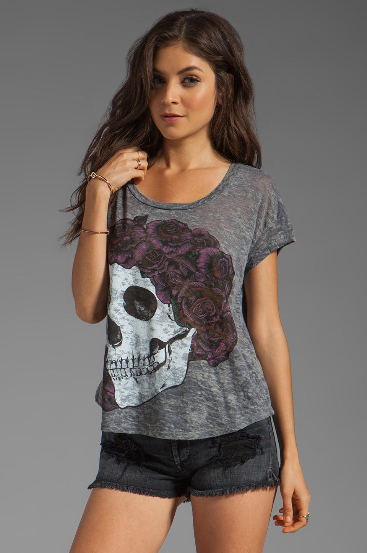 Lauren Moshi Audrey Color Skull with Rose Scoop Tee in Heather Grey
