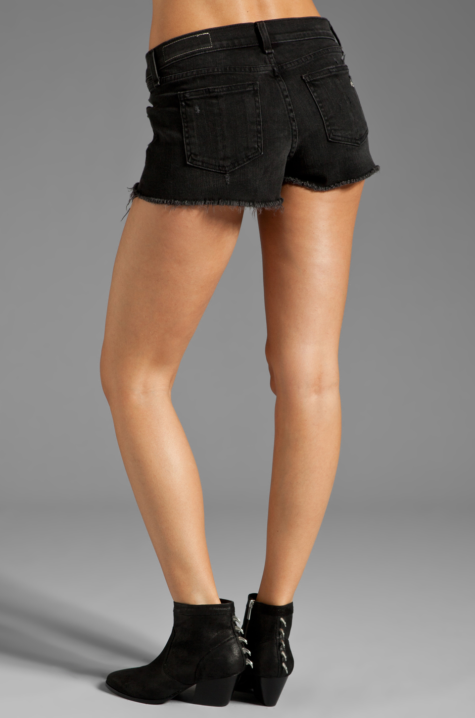 rag & bone/JEAN Mila Short in Destroyed Black