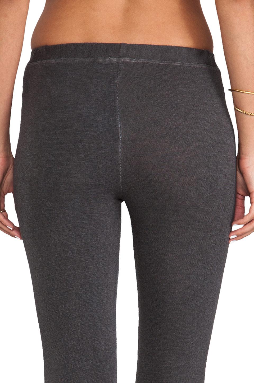 SUNDRY Skinny Sweatpants in Old Black