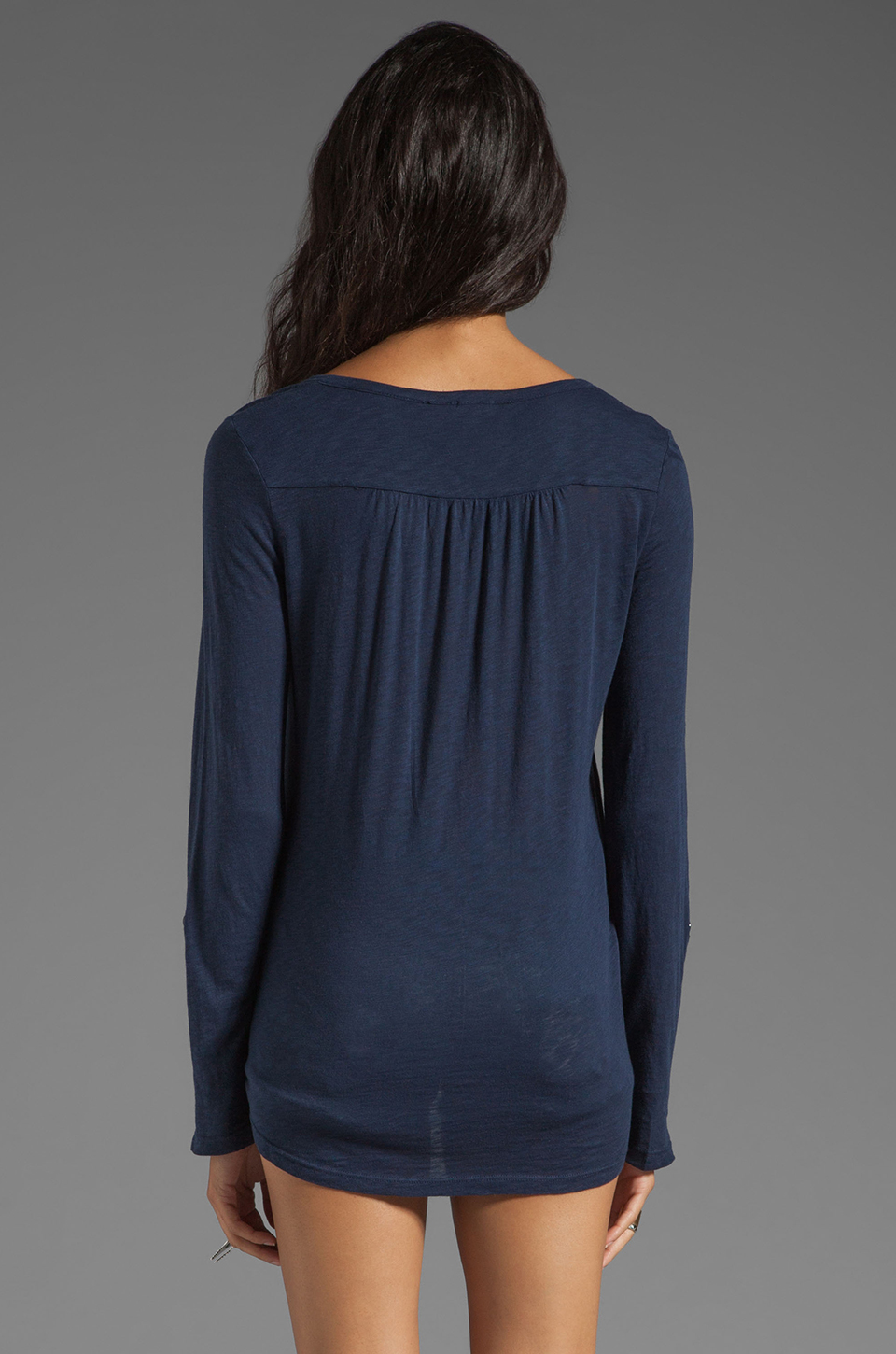 Splendid Very Light Jersey Henley in Navy