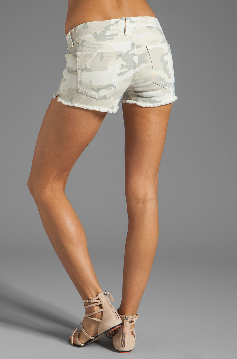 TEXTILE Elizabeth and James Cooper Short in White Camo